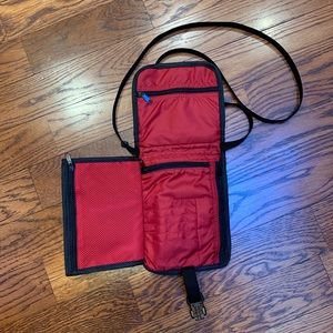 Nike Bags - Nike Cross Body Bag/Purse/Mini Bag NWOT
